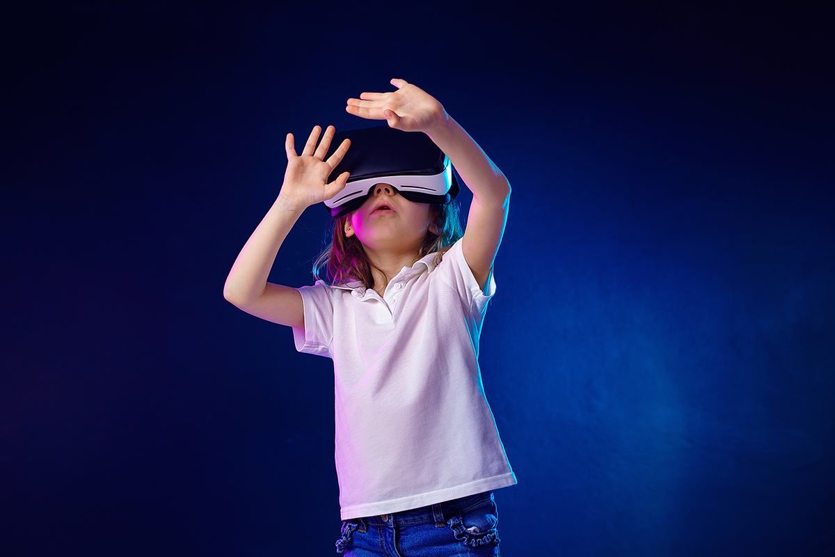 Virtual Reality in the treatment of fear of darkness and storms in children