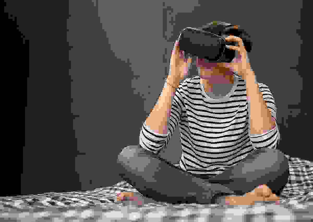 Virtual reality for suicide prevention